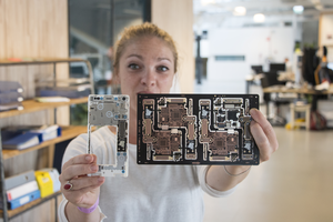 Succesvolle pilot Fairphone met Fairtrade-goud